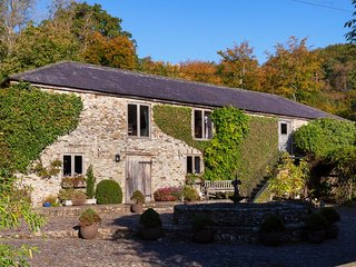 Hutchinghayes Barn - An Amazing Rural Family Retreat