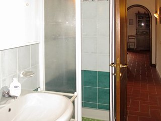 3 bedroom Villa in Villa Basilica, Tuscany, Italy : ref 5651120
