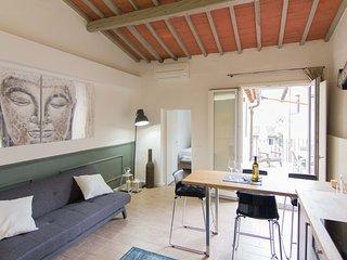 Stunning flat w/big Terrace near Duomo