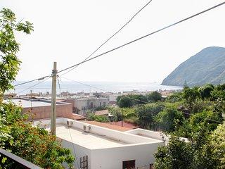 Lantana Apartment
