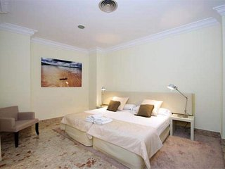 1 Bedroom Apartment. 3 PAX. Catedral. Valencia. CAT 41