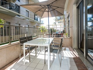ApartUP Patacona BeachLife. WiFi + PK + AACC + 2 Pax