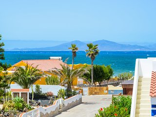 Villa Paraíso with amazing sea views