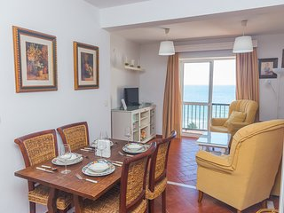 Beachfront Ap. 3 BR - Traditional Spanish
