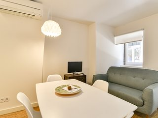 New apartment with easy access in traditional area