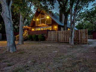 NEW LISTING! Private, dog-friendly, waterfront retreat on the Guadalupe River