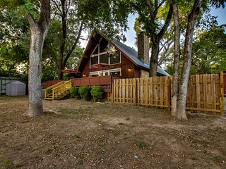 NEW LISTING! Waterfront retreat w/ private hot tub on Guadalupe River - dogs OK!