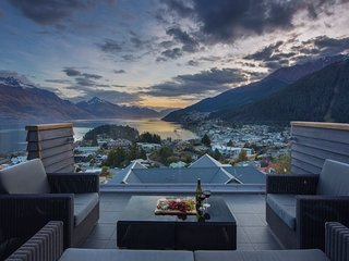 Villa Moana- Queenstown Hill