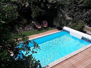 Villa Plein Sud 10 personnes avec piscine chauffée dans un écrin de verdure