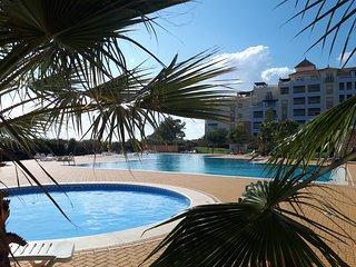 Beautiful Isla Canela apartment, 1500m to beach!  Stunning views.