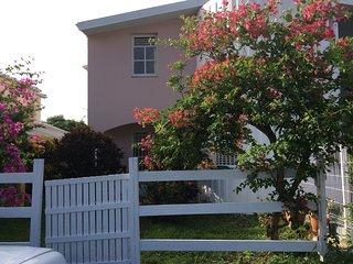 Maison f4 Sainte Luce Martinique 5mn a pied de la plage, calme confort, jardin