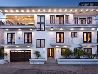 Hollywood Hills Villa Sanctuary