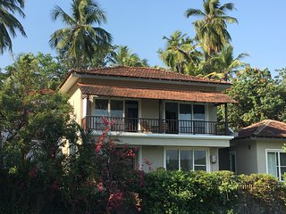 Luxury 3 bed 4 bath villa with private pool, close to the beach, beautiful views