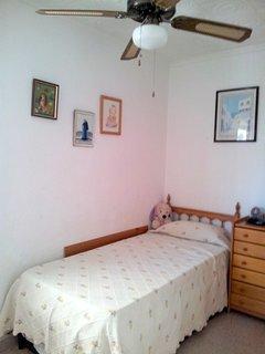 Habitación con dos camas (cama nido)
