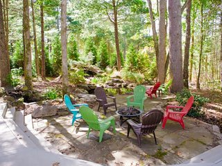 Outdoor area with bonfire and seating for up to 8