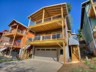 Upstream Cottage; Asheville & River Arts-Close to everything! Breweries, eaterie