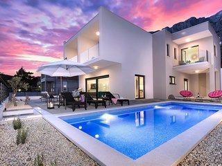 Villa Maris (8+2)