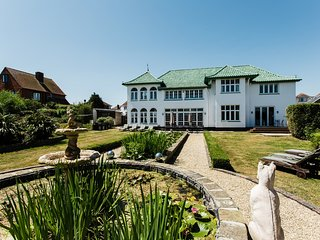 Charleston House located in Shanklin, Isle Of Wight