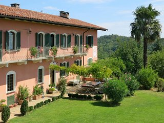 5 bedroom Apartment in Vadonia, Piedmont, Italy : ref 5653666