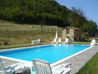 Marradi Apartment Sleeps 4 with Pool and WiFi - 5241725