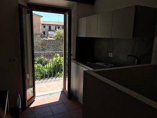 Miniappartamento con vista su Terracina antica