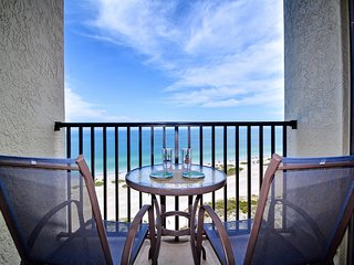 Lighthouse Towers 1605 Beachfront 16th Floor 1 Bedroom 1.5 Bath Condo with Stunn