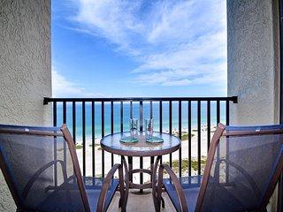 Lighthouse Towers 1605 Beachfront 16th Floor 1 Bedroom 1.5 Bath Condo with Stunn