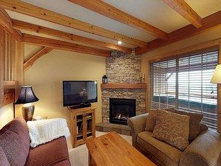 Black Bear 11 - Three bedroom townhouse close to Hummingbird ski run