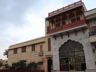 Mahar Haveli G Heritage Homestay