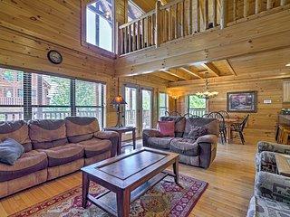 NEW! 'Big Black Bear Lodge' w/ Private Hot Tub!