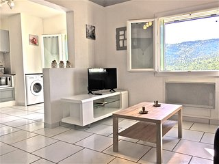 Appartement T2/3 vue degagee Signes