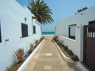Beach Bungalow Playa Honda LVC304668