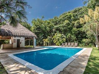 Hermosa Villa espaciosa y comoda en Playacar muy cerca de la playa!!!