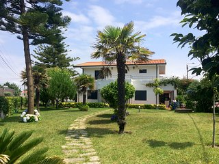 Villa near Porto, beach and airport