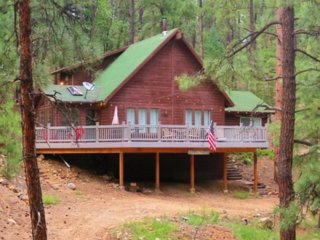 Cool Pines Cabin