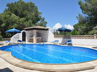 Villa Juliette, house in Cala Murada 4 people with pool, wifi & 1km from beach