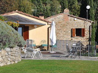 Tuscan Dream Home:Beautifully Renovated 450yr Stone Cottage:Pool, WIFI, Magical