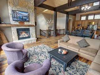 Gorgeous North Fork Lodge 5 Bed Private Home in River Run Village by Summitcove
