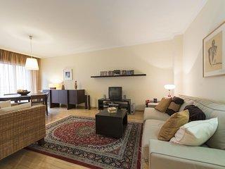 Oporto Garage Apartment (N60)