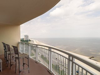Decorative Condo w/ Balcony, WiFi, Resort Pool & Gym Access
