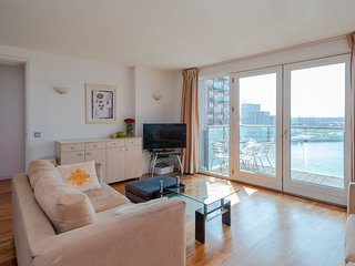 Stylish modern 2 bedroom apartment