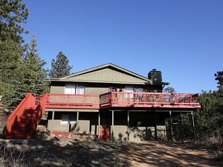 Relaxing Rocky Mountain Retreat Near Fall River. *Just 4 Miles to RMNP!!