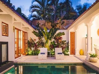 Villa Sintra Bali – luxurious, two bedroom, private oasis in Legian