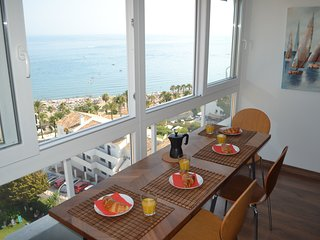 Fantastic 2 bed Los Cisnes apartment with stunning views