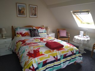 Twin Oaks - Deluxe Double Room