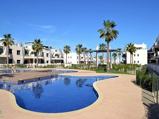 New Luxury Detached Villa 2H with pool