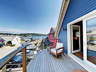The Coal Shack: Pet-Friendly Harborfront Studio in Downtown Boothbay