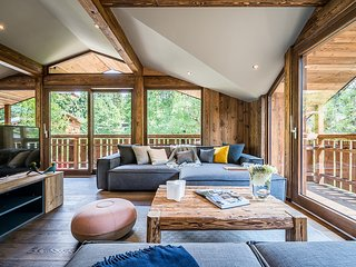MOULIN I - Modern chalet with private hot-tub and garden
