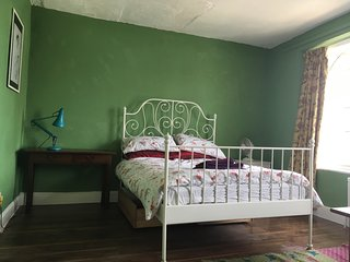 Vintage room available in Bristol city centre (33)