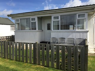Detached chalet for rent, sleeps 5/6